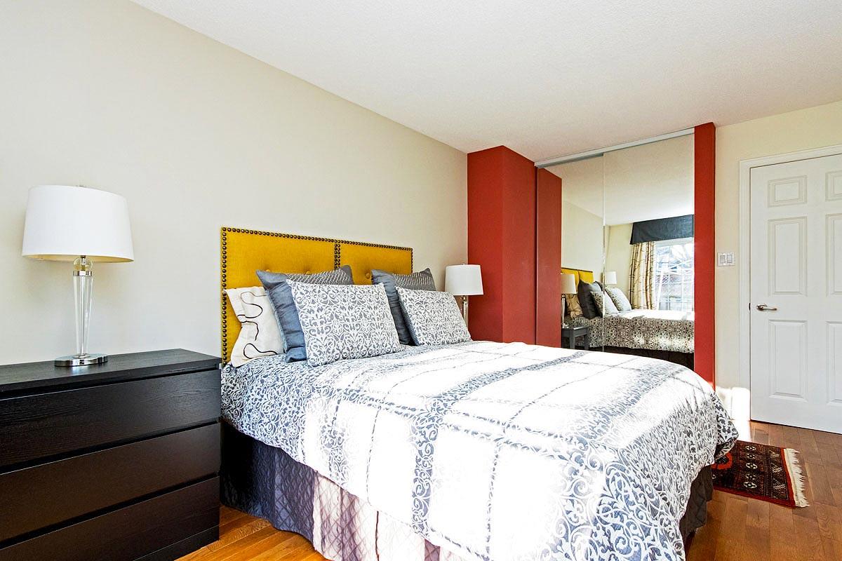 Master bedroom in Maple House, Burlington furnished rental
