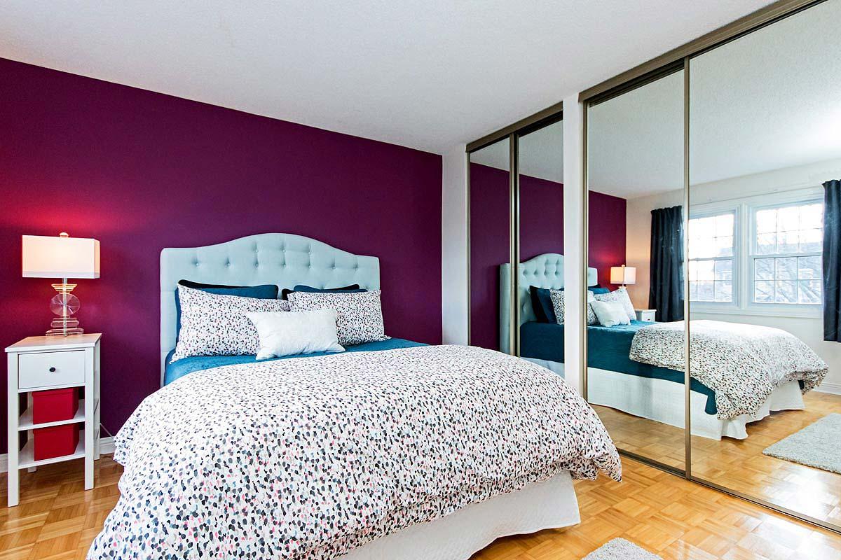 Bedroom in Maple House, Burlington furnished rental